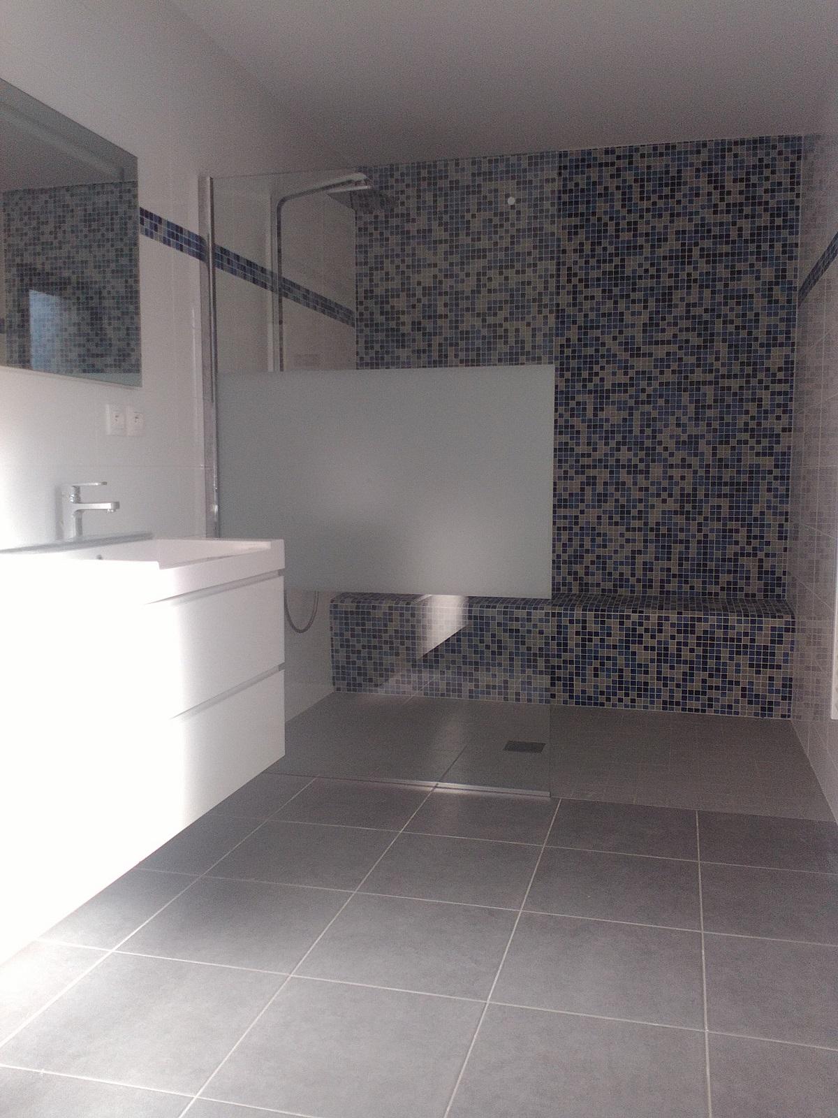 mosaique salle de bain cheap best mosaique salle de bain. Black Bedroom Furniture Sets. Home Design Ideas