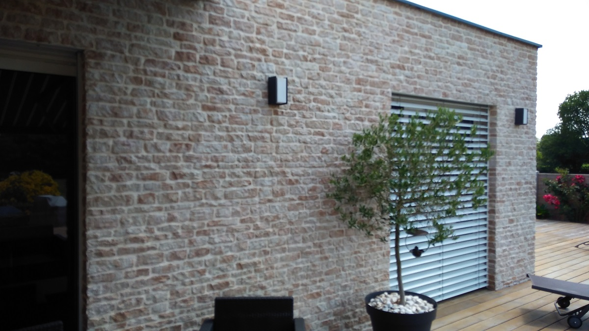 Parement mural st phane mattard artisan carreleur caen for Parement mural exterieur