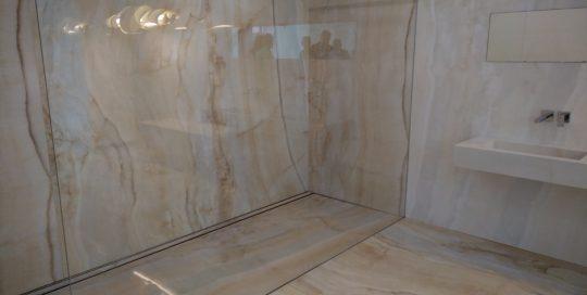 salle-de-bain-marbre-deauville